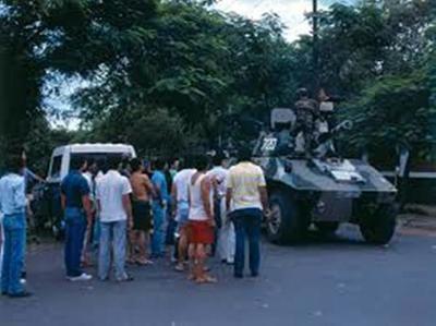 El día después del derrocamiento de la dictadura de Alfredo Stroessner en 1989