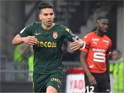 Falcao evita la derrota del Mónaco ante el campeón de Copa