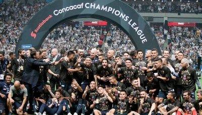 Celso Ortiz, campeón con el Monterrey