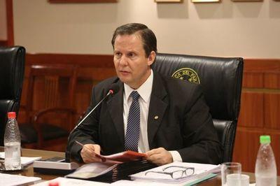 Ministro aclara que su voto será a viva voz