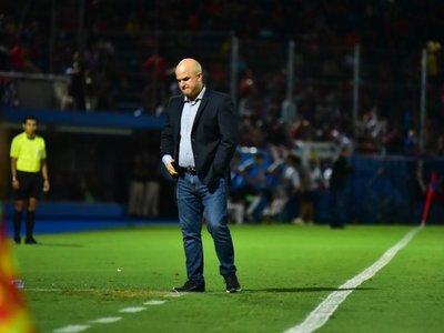 """Cerro afronta con rotaciones su """"misión imposible"""" en el torneo"""
