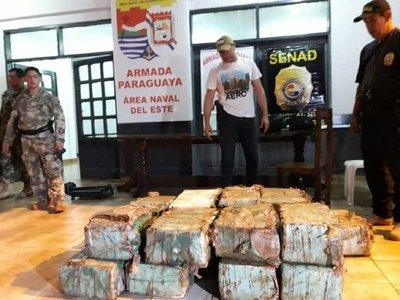 Incautan más de 800 kilos de marihuana en puerto clandestino de Alto Paraná