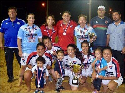 Fútbol playa: Nacional es campeón en damas