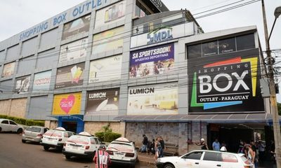 Intendente confirma a Junta Municipal que no existen documentos de shopping Box