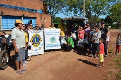 Entregan víveres a damnificados de Concepción