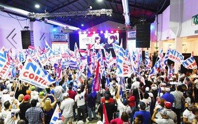 Socialdemócrata Laurentino Cortizo encabeza resultado de presidenciales
