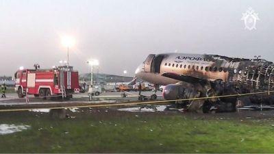 Tragedia aérea en Rusia: Piloto apunta a un rayo como causa del accidente