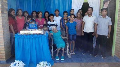 Abuela cumplió 102 años de vida en San Pedro