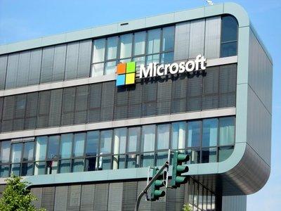 Microsoft centra sus esfuerzos en la nube y la inteligencia artificial