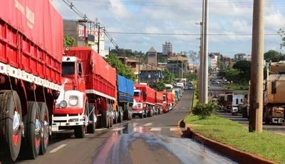 HOY / Petropar tiene margen para sostener precio de combustible, según camioneros