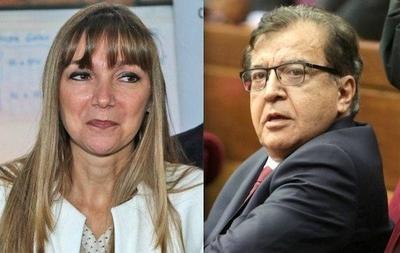 HOY / Bacigalupo nombró a prima de Nicanor como directora en SNPP