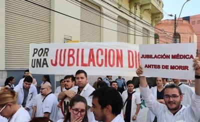 """HOY / Piden a Mario Abdo que apruebe proyecto de jubilación médica y cuestionan a """"detractores"""""""