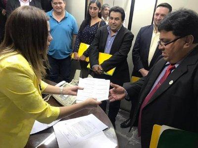 Kattya González dona cupos de combustible para el Chaco