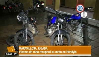 Acordó comprar en Facebook la moto que le robaron