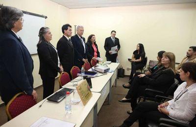 Inició curso de entrenamiento en expresión oral y escrita en guaraní