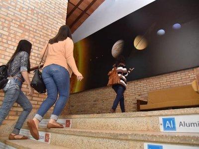 En el pasillo, un aprendizaje fuera del aula