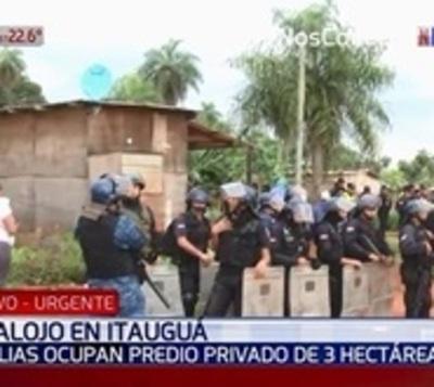 Desalojan a 200 familias de un predio en Itauguá