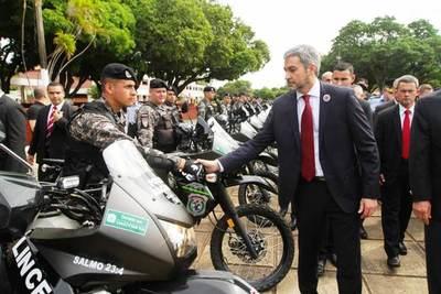 Entregaron 100 motos nuevas al grupo Lince