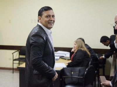 Existirían votos suficientes para destitución de Víctor Bogado