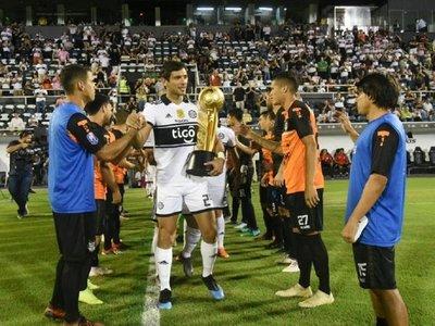 Infantino felicita al tricampeón