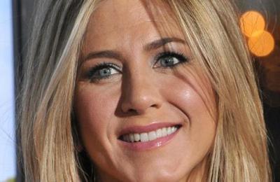 El elegante topless de Jennifer Aniston para reivindicar su cuerpo a los 50 años