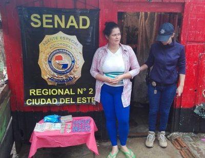 Detienen a distribuidora de drogas en Remansito