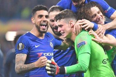 "Guan, chu, tri, for: fútbol ""pirata"" domina Europa"