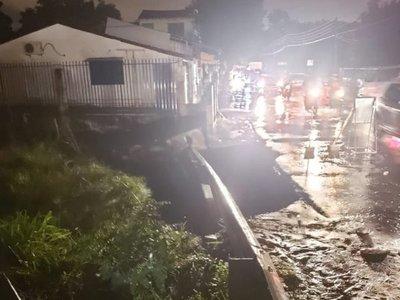 Bloquean Costanera Norte y se complica salida de vehículos