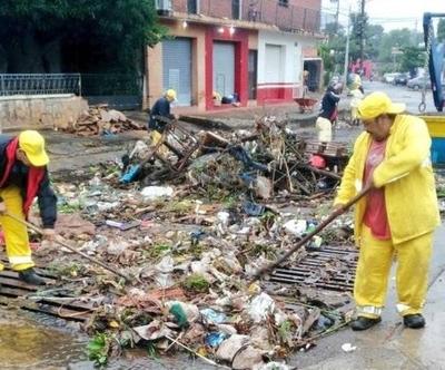 HOY / Asunción: más de 100 toneladas de basura en menos de 24 horas