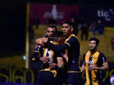 Guaraní vence a Sol y pelea por el vicecampeonato