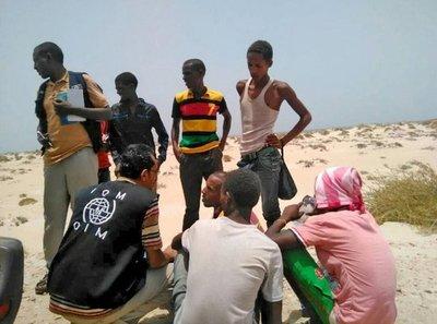 Más de 50 migrantes saltan la valla fronteriza entre España y Marruecos