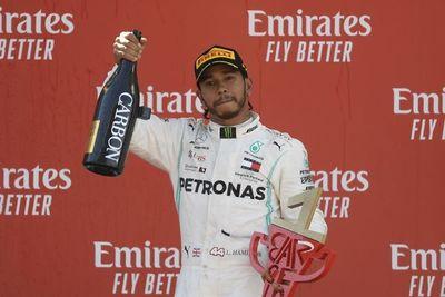 Hamilton y Mercedes se 'pasean' en la F1
