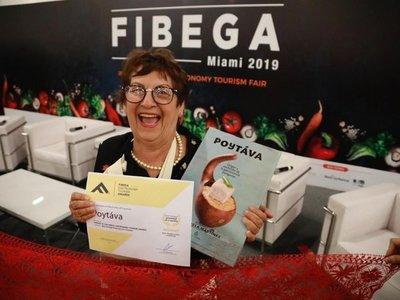 Paraguaya es premiada por su libro de etnogastronomía en Miami