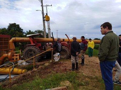 Instalan en Pilar 12 motobombas para acelerar desagote de barrios inundados