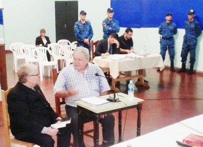 Juicio a Oviedo por plagio de Arlan Fick sigue este jueves