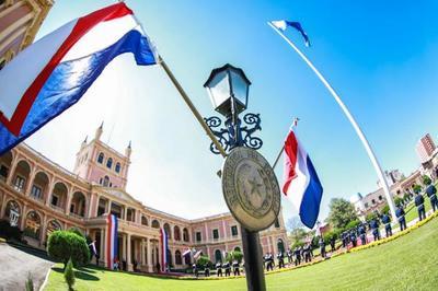 Jefe de Estado inicia agenda de la fecha en Palacio de Gobierno