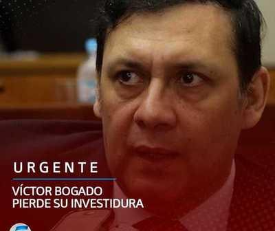 Víctor Bogado pierde su investidura.