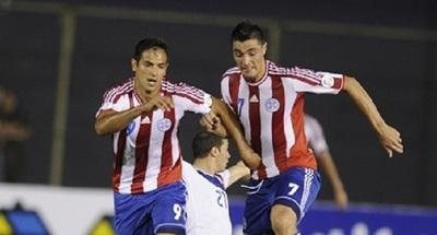 Berizzo anuncia lista preliminar de jugadores para la Copa América