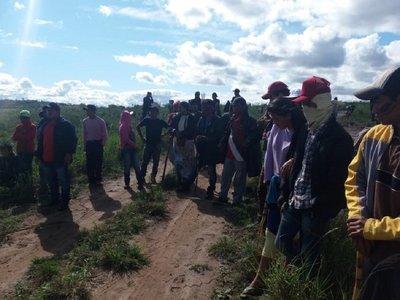 Indígenas de Tacuara'i volverán a la Plaza de Armas
