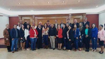 Jueces de Paz se organizan en una asociación