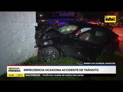 Imprudencia ocasiona accidente de tráfico