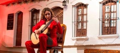 HOY / La música paraguaya llega a Suecia y Rusia de la mano de la guitarrista clásica Daiana Ferreira