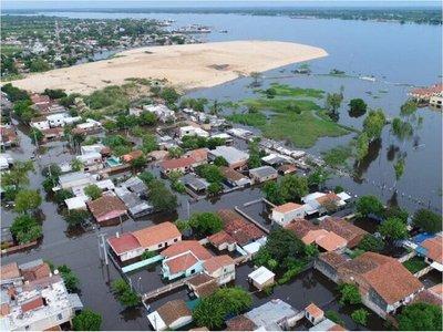 Río Paraguay crece 5 centímetros y está a menos de un metro del desastre