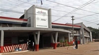 HOY / Tras 2 muertes en Tacumbú   piden clausura de cárcel: el  flujo de nuevos reos la saturó