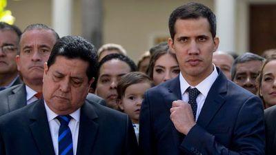 """Amenaza de bomba impide debatir sobre """"persecuciones"""" en Venezuela"""