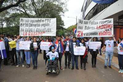 Marchan contra la impunidad en CDE