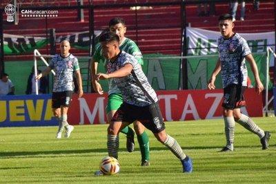 Con gol de Salcedo