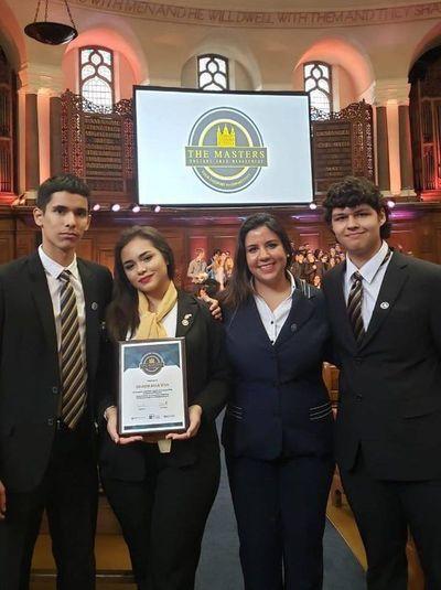 """Jóvenes paraguayos entre los mejores del """"The Masters"""" en Inglaterra"""