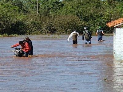El río Ypané desborda e interrumpe conexión de Concepción y San Pedro