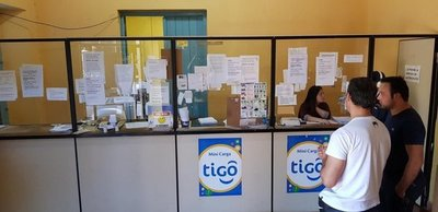 Asaltan local comercial en Villarrica